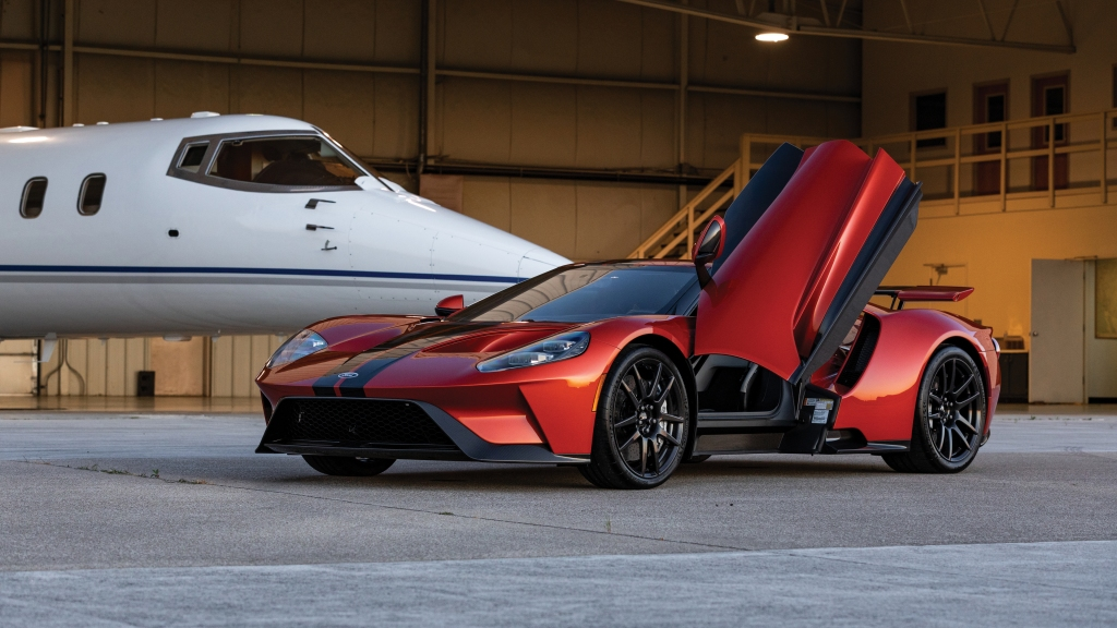 HD Image of Ford GT Doors