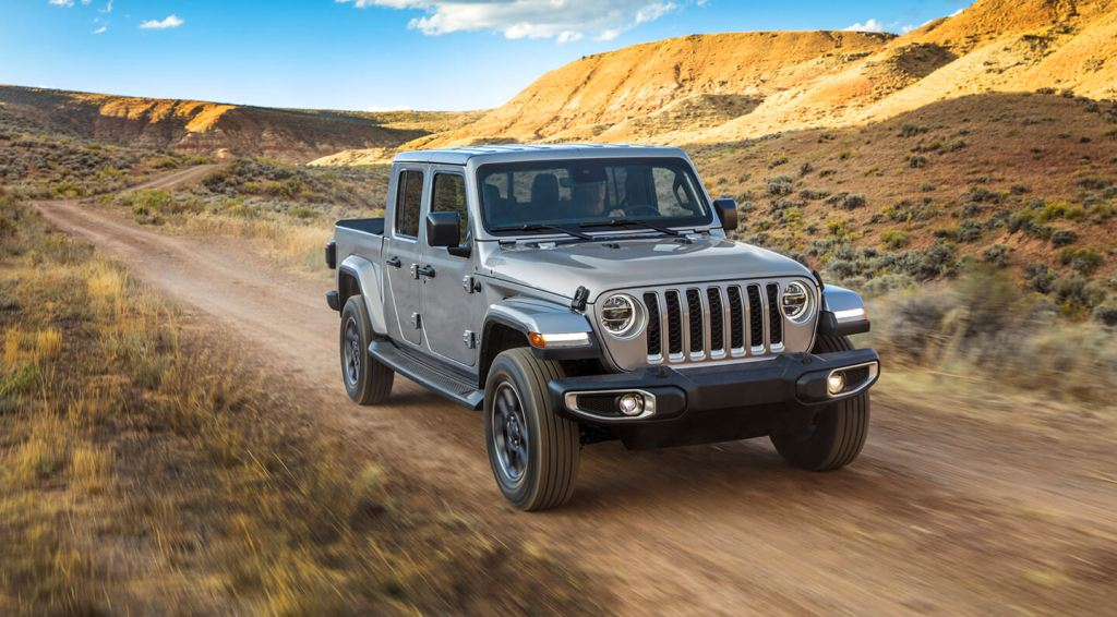 HD Image of Grey Jeep Gladiator