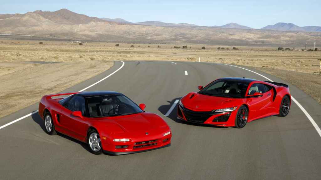 HD Image of the Old and New Acura Honda NSX